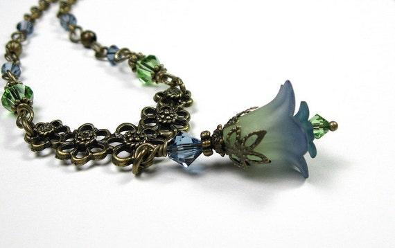 Blue Green Two-Toned Flower Necklace, Vintage Style, Denim Blue, Peridot, Botanical, Woodland, Romantic, Hostess Gift, Stocking Stuffer