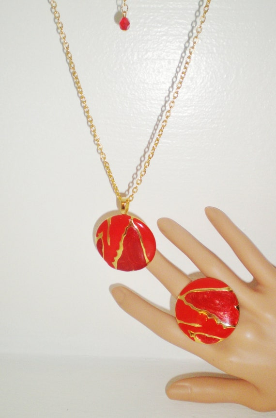 Vintage Necklace Choker Collar Pendant Matching Adjustable Ring Lip Stick Red Bright Gold 1960's Mod Modern Contemporary Art Deco Statement