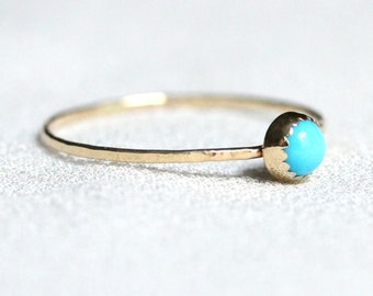 Delicate Seeping Beauty Turquoise Ring with Serrated Bezel in Solid 14k Gold - Simple Tiny Dainty Turquoise Stacking Ring - Hammered Band