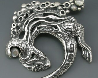 Otter Sterling Silver Spirit Pin, Moonstone, Mother of Pearl