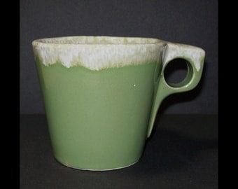 Vintage Hull Avocado Mug / 1960s Hull Pottery Green Drip Mug / Vintage Green Flow Hull Coffee Cup