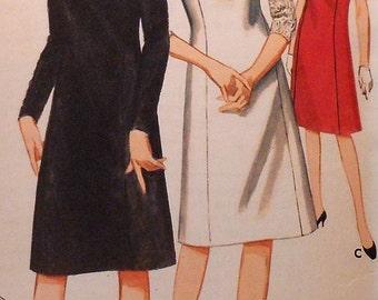 Vintage Dress Sewing Pattern Butterick 3211 Size 14