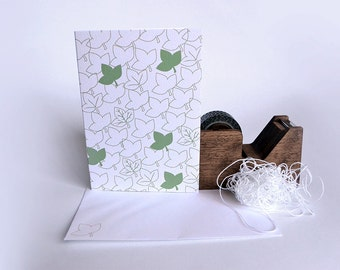 Green Ivy Leaf Card with Random Leaf Pattern