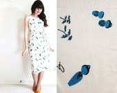 50s Novelty Print Dress / 1950s 60s Dress / Wiggle Dress / Japanese Kokeshi Doll Dress