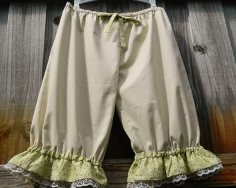 Knee Length Bloomers with Lace and printed light green Ruffles