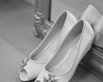 Wedding Shoes - Wedge - Handmade Wedding - Outdoor Wedding - Over 100 Colors - Wedge Wedding Shoe - Comfortable Shoes - Beach Wedding Shoes