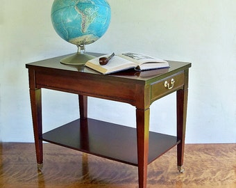 Mid Century Traditional Style Mersman Mahogany End Table