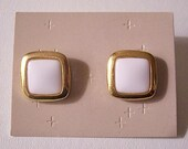 White Square Pierced Post Stud Earrings Gold Tone Vintage Avon Lucite Center Rimmed Rounded Wide Band Edges