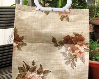 vintage retro floral 60s / 70s tote hand bag oilcloth type fabric