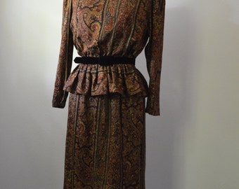 1980s Oscar de la Renta Dress Silk Jacquard Paisley Dress with Peplum and Black Velvet Belt Black and Rust Silk Dress Size Medium