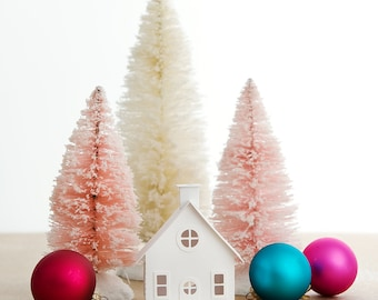 Putz House DIY Ornament Kit Bungalow Glitter House Christmas Decoration Paper Craft Kit