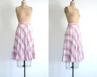 1970s knife pleated campus skirt - pink bias plaid skirt / bias plaid skirt - metallic threads skirt / vintage 70s pleated skirt