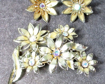 Vintage Coro Signed floral rhinestone flower demi Brooch and earrings Signed Coro Floral Bouquet Rhinestone Brooch and Earrings