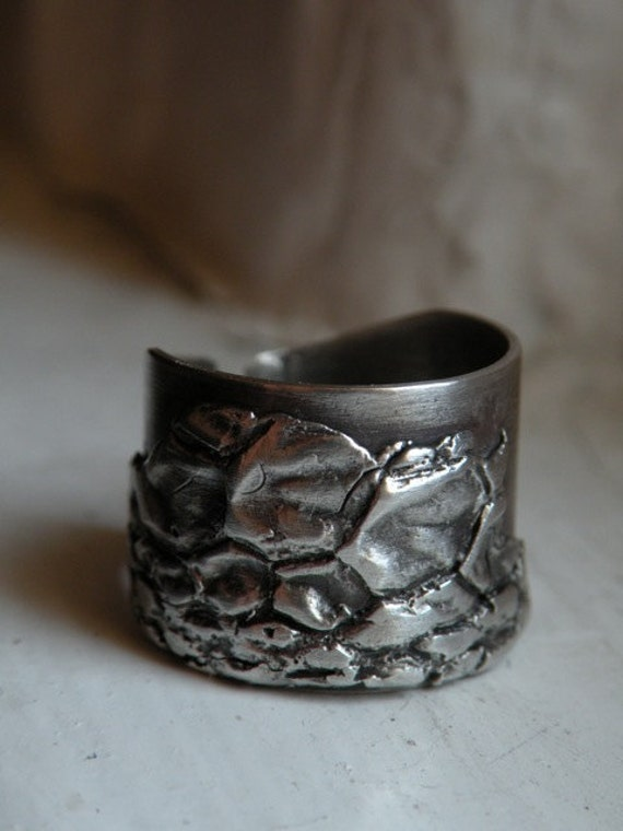 Unisex Sterling Ring - Emu