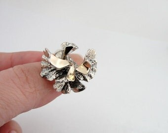 Great New Design 9K Yellow Gold and 925 Sterling Silver unique flower ring size 7, Israel Jewelry (s r2050)