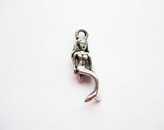 10 Mermaid Charms in Silver Tone - C1247