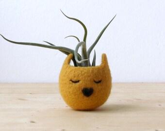 Cat head planter / Small succulent pot / Mustard cat / Felt succulent planter / Crazy cat lady gift - Choose your color!