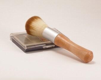 Blush Brush in Apple Wood