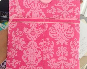 Pink cellphone pouch