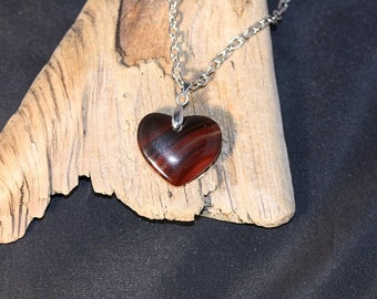 Agate Heart Pendant on 18 inch Cable Chain - Item 1118