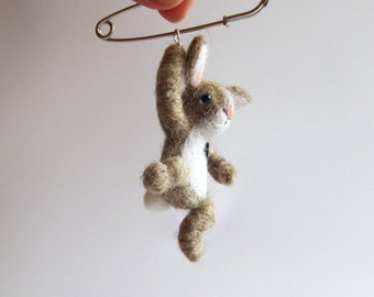 Little hanging bunny, hand felted rabbit, Animal brooch/MADE TO ORDER