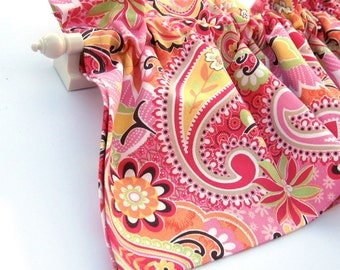 CLEARANCE - was 28 STRAWBERRY Valance Curtains Pink Paisley 53 inches wide