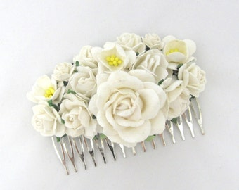 White Floral Haircomb Flower Fascinator Vintage Wedding Party Bridal Accessory Bridesmaid statement