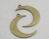 SALE Large Crescent Moon Charms Antique Bronze 2pcs zinc alloy pendant beads 32X43mm CM0738B
