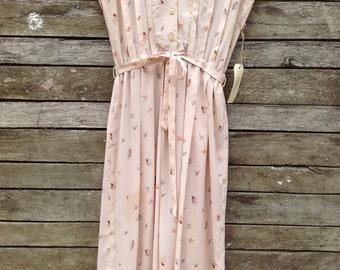 1970's Pretty Butterfly Belted Dress