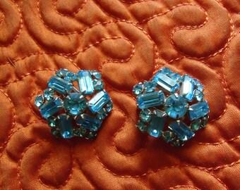 Stunning Blue Crystal Retro Earrings!