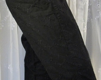 Vintage 90s women's Liz Claiborne black eyelet capri pants size 8