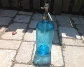 Blue Vintage Seltzer Bottle Sparkling Water Friedberg Beverage Contents 26 oz.  Bayonne N.J. Made in Czechoslovakia