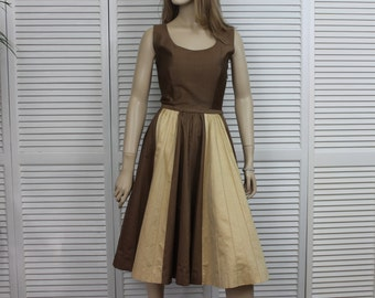 Vintage 1950s Sleeveless Dress Taupe and Cream
