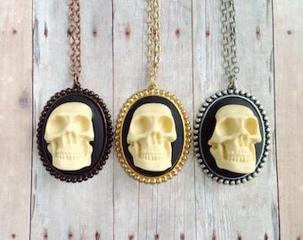 Skull Necklace Human Anatomy Jewelry Oddity