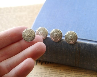 "10 pcs Scroll and Sunflower Flower Antiqued Silver Buttons 15mm 5/8"" (SB2183)"