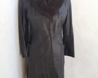 SALE Vintage rocker mid calf Brown Leather coat with fur collar By Joseph Magnin in Canada 1970 sz 6