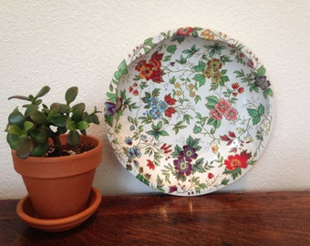 vintage shabby chic metal floral bowl, made in england, designed by daher in long island, ny, 1971