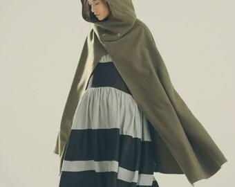 Hooded Cape Cloak for Women in Green, Winter Cape Coat, Wool Cape, Wool Cloak, Wool Long Coat