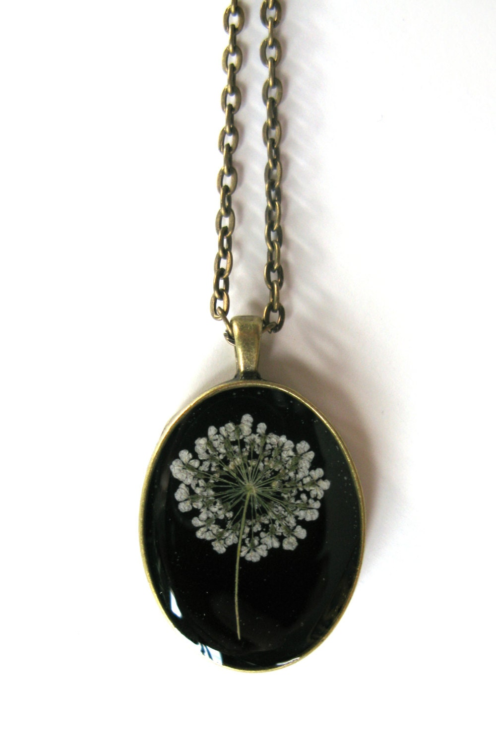 Queen Anne S Lace Resin Pendant Necklace Real Pressed