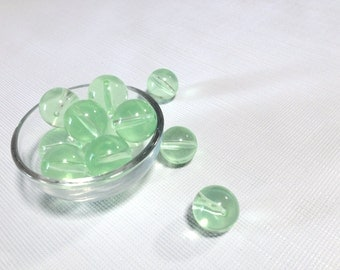 14mm Spring Green Translucent Round/Druk Beads - Vintage Plastic Beads for Crafts and Jewelry