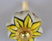 Daisy door knobs ceramic brass handle floral child's kitchen decor pattern cabinet pumpkin shaped knob