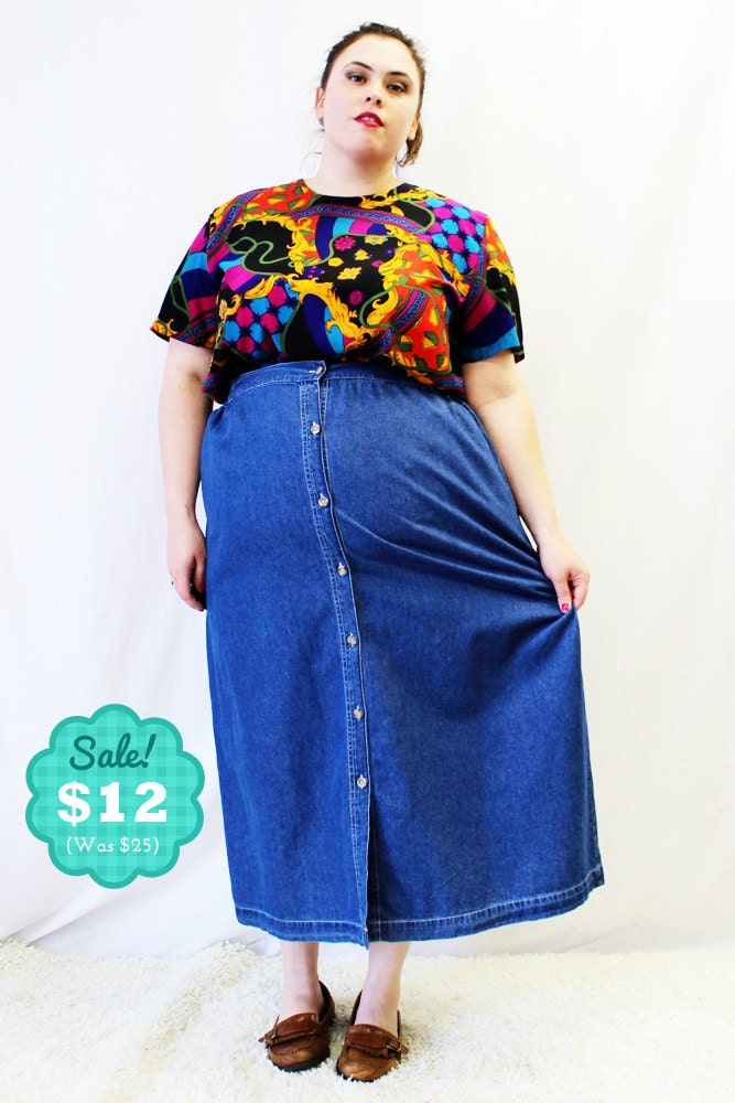 CLEARANCE Plus Size Vintage Denim Button Front Skirt Size