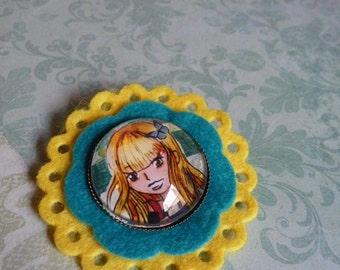 Illustrated Brooch felt Fully Girl