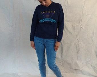 Crazy cool vintage 80's Lakota School sweater // small
