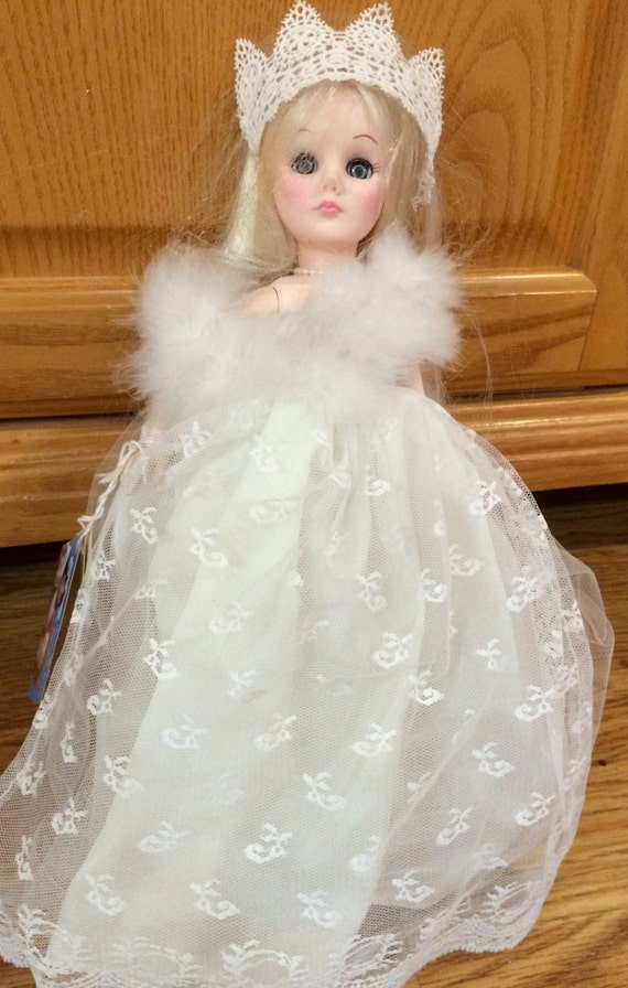 """Reserved  Effanbee Vintage 11"""" Storybook SNOW QUEEN  #1152 Collectible Doll 1980'S - Stand Included"""