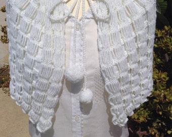 Vintage winter cozy capelet shawl bolero wrap crochet