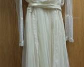Vintage Gunne Sax high collar Wedding Dress (Size 7)