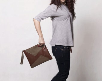 Leather clutch. Geometric brown leather clutch. Leather Ipad case / clutch.
