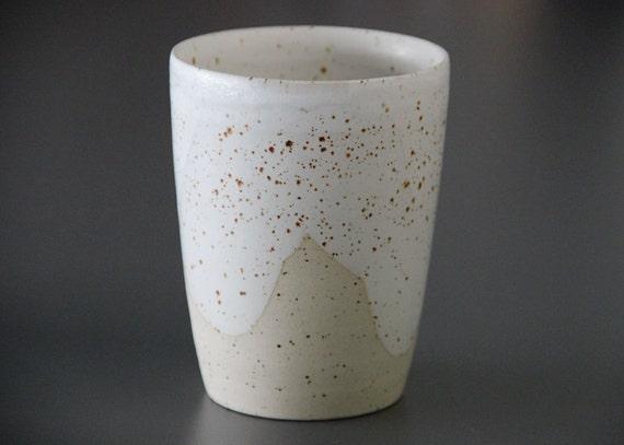 gesprenkelte steinzeug keramik becher tasse ohne henkel. Black Bedroom Furniture Sets. Home Design Ideas