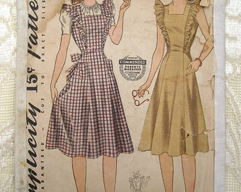 Vintage 40s Dorothy Princess Style Pinafore.  Simplicity Sewing Pattern 3664.  Size 13